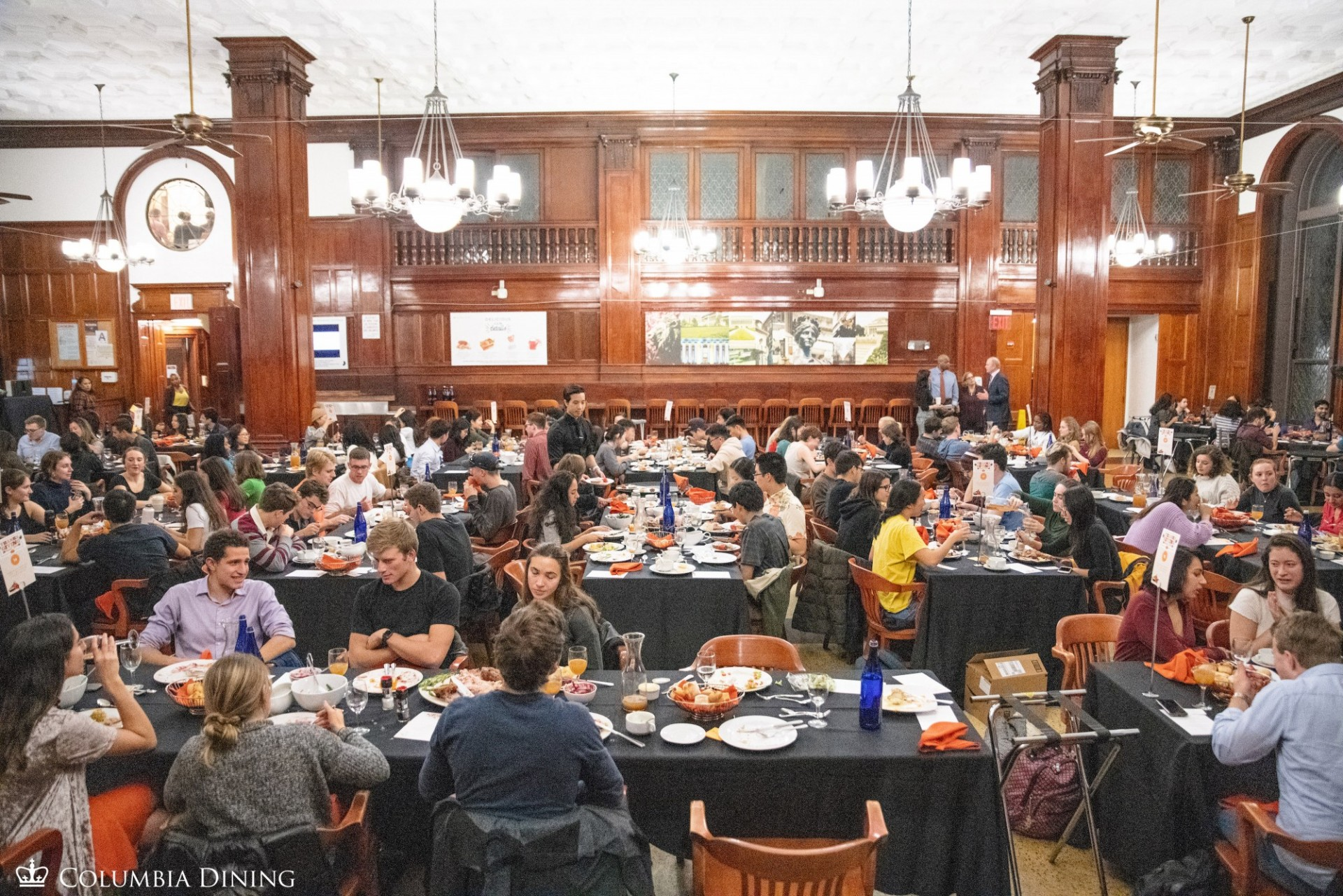 Students attend Thanksgiving Feast in John Jay Dining Hall